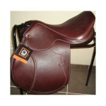 selle-d-obstacles-tattini-bristol-close-contact