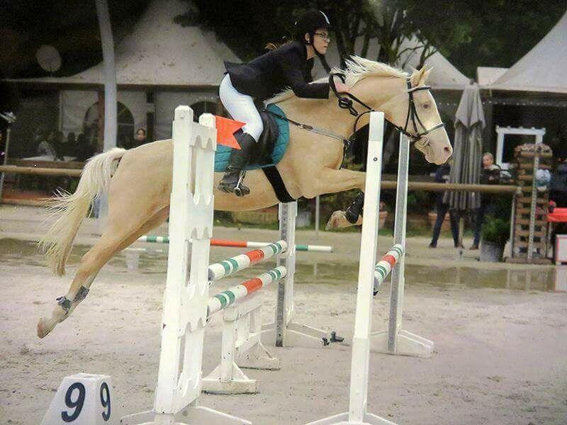 Je croyais qu'il était impossible de faire de la compétition avec un cheval pieds nus. J'avais tord !